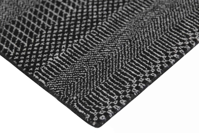 Hamilton - Black/Silver rugs