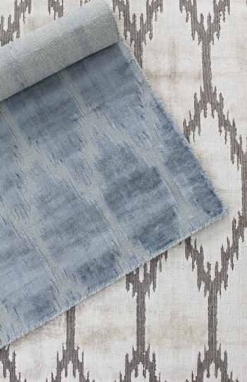 ikat stans rug centre hand woven wool and art-silk