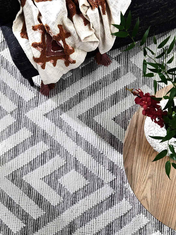 zamora-ivory-textured-wool-rug